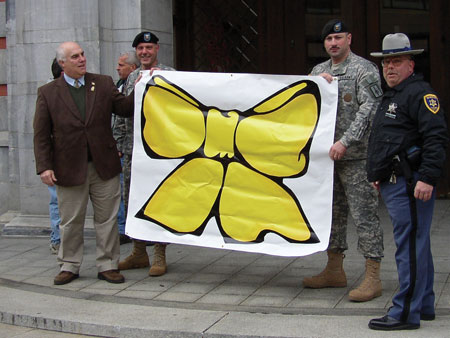 Photos of the Unveiling of the Yellow Ribbon Banners  - photo 2