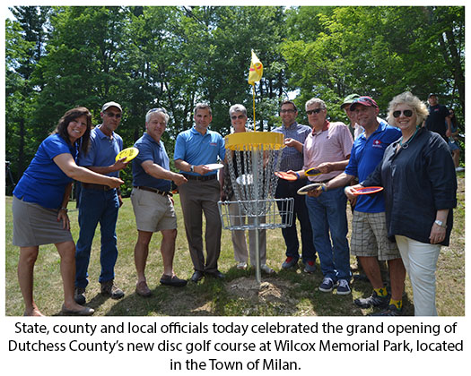 local official at disc golf course at Wilcox Park